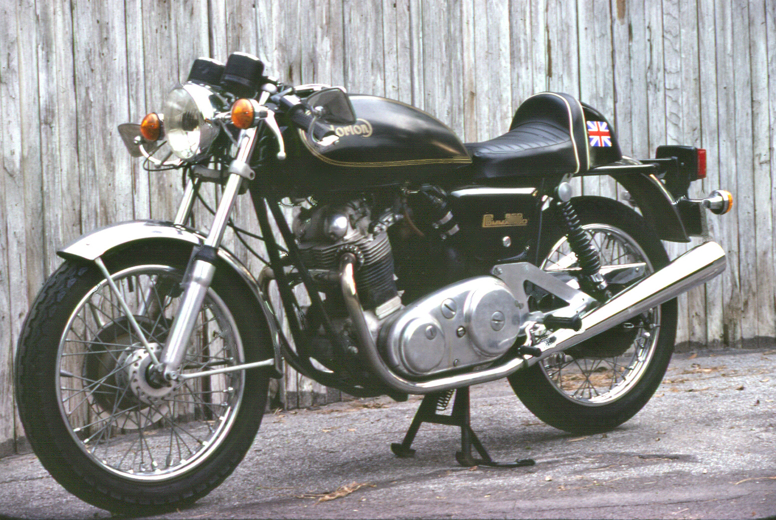 1974 850 Norton Interstate_Fence (1)